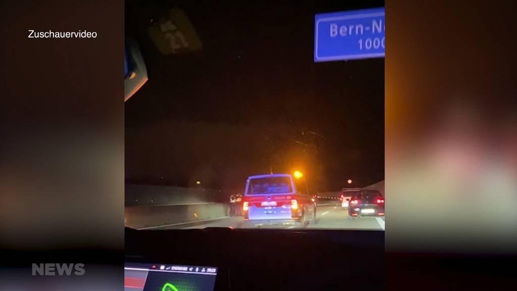 Spektakuläre Verfolgungsjagd auf A1 endet mit zwei Unfällen und vier Verhafteten