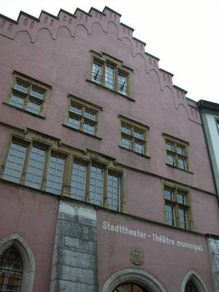 Für Musiktheater gesetzt ist das Stadttheater Biel. (Foto: Bruno Utz)