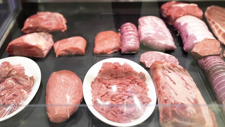 Ein Beizer im Raum Winterthur soll Fleisch schlecht gelagert haben. 150 Kilo mussten in die Kehrichtverbrennung gebracht werden. (Symbolbild)
