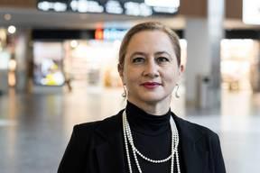 Sandrine Nikolic-Fuss, Kapers-PräsidentinDie französisch-schweizerische Doppelbürgerin Sandrine Nikolic-Fuss (51) ist seit 2018 Präsidentin der Gewerkschaft Kapers. Diese vertritt das Kabinenpersonal der Lufthansa- Tochter Swiss. Sie zählt über 3000 Mitglieder. Nikolic-Fuss begann ihre Karriere als Flight Attendant 2000 bei der Swissair und erlebte deren Grounding mit. Seither arbeitet sie für die Swiss, seit 2011 als «Maître de Cabine». In dieser Zeit erlangte die ehemalige Bratschistin des St. Galler Philharmonie-Orchesters und des Zürcher Opernhauses zudem einen Doktortitel in Philosophie. Nikolic-Fuss ist verheiratet, Mutter einer 18-jährigen Tochter und lebt im Thurgau. (bwe)