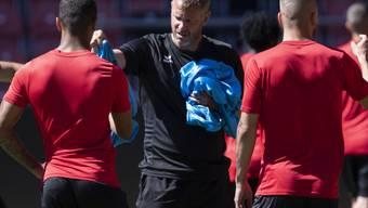 Abschlusstraining am ersten Tag: Stéphane Henchoz leitet einen Tag vor dem Heimspiel gegen den FC Zürich seine erste Einheit