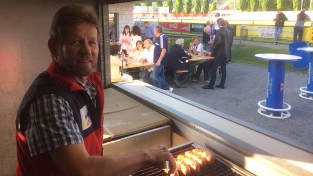 FC Wohlen sagt Challenge League adieu, Werni als Grilleur-Legende