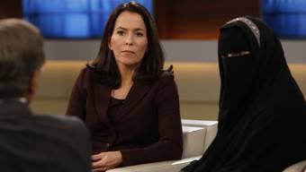 """In der ARD-Talkshow """"Anne Will"""" trat die Bernerin Nora Illi am Sonntagabend voll verschleiert auf. Es hagelte anschliessend Kritik. (Archivbild)"""