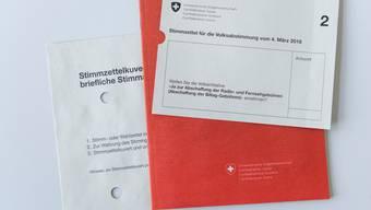 Wird das Abstimmungs-Büechli bald durch Videos ersetzt?