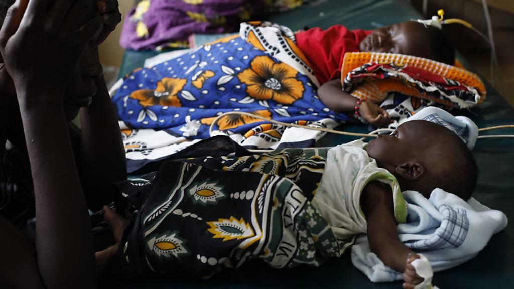 WHO empfiehlt erstmals breite Anwendung von Malaria-Schutzimpfung
