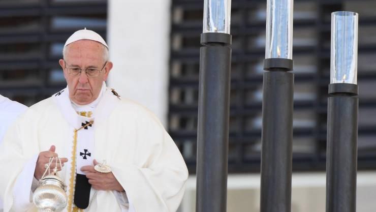 Papst Franziskus während der Messe zur Heiligsprechung der zwei Hirtenkinder