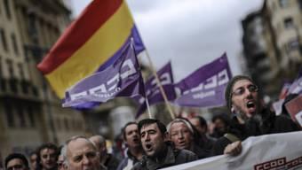 Demonstranten am Donnerstag in Pamplona in Nordspanien