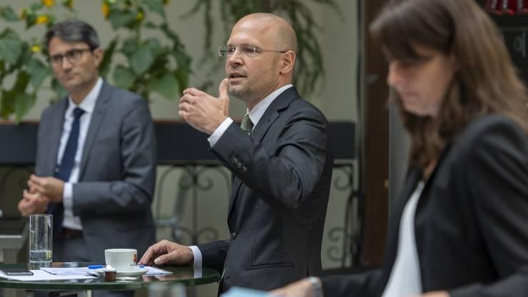 Baschi Dürr (Mitte) verpasst die Wiederwahl in der Basler Regierungsrat.