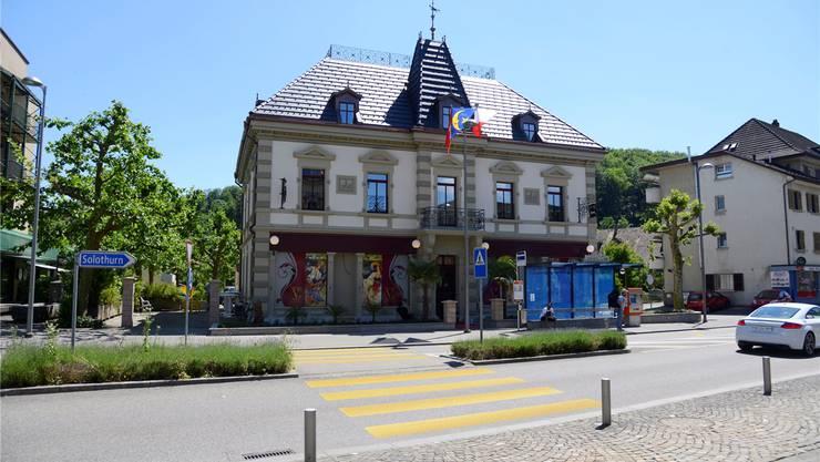 Das Gebäude des früheren «Queen Victoria Pub» wurde nach dem Brand 2013 saniert und feiert als «Villa Linde» Wiederauferstehung.Fotos: Hansjörg Sahli