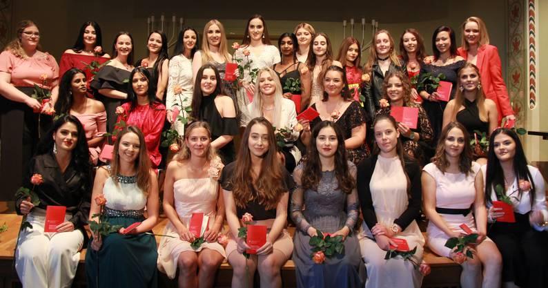 Die Absolventinnen des ersten «Solothurner»-Kurses in Trimbach der Dentalassistentinnen EFZ.