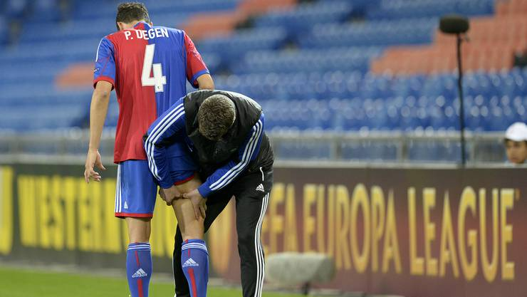 Philipp Degen musste gestern mit einer muskulären Verletzung vom Platz. Auch Fabian Schär und Matías Delgado konnten aufgrund von Blessuren nicht zu ende spielen.