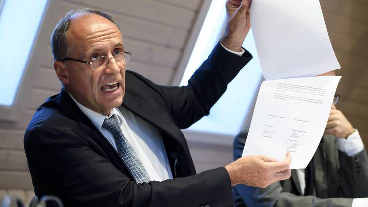 Migros-Regionalpräsident Damien Piller wehrt sich unter anderem mit Gutachten gegen die Vorwürfe, er habe ungerechtfertigt 1,7 Millionen Franken an zwei seiner Firmen abgezweigt.