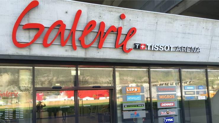 Im Einkaufszentrum «Galerie» der «Tissot Arena» stehen viele Läden leer.