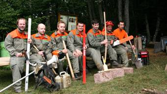 Spass: Die Oberbaselbieter Zivilschützer im Einsatz in Rothenfluh.