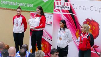 Mia Kadoic (1. Platz) vom Budo Sport Center Liestal - Gewinnerin der Goldmedaille im Kumite.