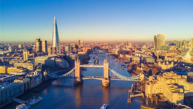 Trotzt dem Terror: Englands Metropole London.