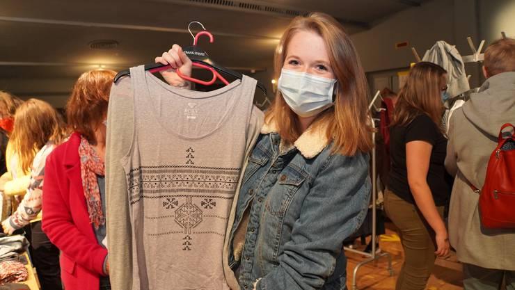 Larissa Schmied liebt Vintage-Shirts.