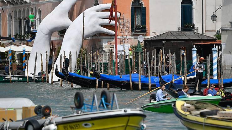 Wer an die Kunstbiennale in Venedig mit dem Zug reisen will, kann dies ab Dezember 2017 aus Zürich täglich ohne Umsteigen schaffen. Bereits ab Juni sollen am Wochenende Direktzüge zwischen den beiden Städten verkehren (Archivbild).