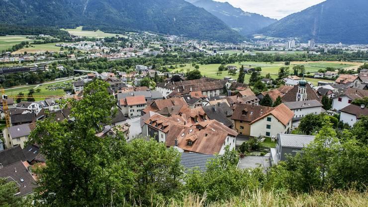 Der Blick über Haldenstein Richtung Chur