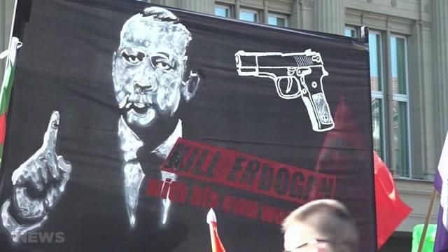 Türkischer Präsident wütend wegen Demo-Plakat