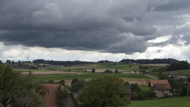 Stürmisches Wetter über dem Mittelland (Archiv)
