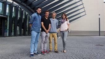 Die stolzen Preisträger (v.l.): Leon Schwitter, Elias Luisoni, Lucien Born und Daniela Neudecker.