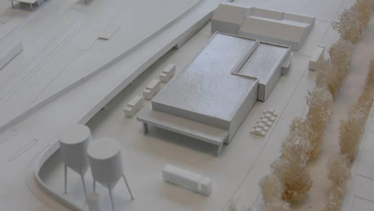 Der neue Werkhof des Kreisbauamtes II im Modell; links die ERO-Auffahrtsrampe.