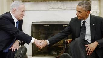 Netanyahu (l) und Obama zu Beginn des Treffens in Washington