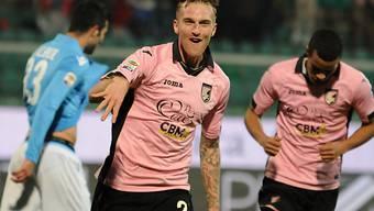 Palermos Luca Rigoni setzt zum Torjubel an