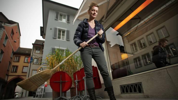 Aarau, 26. November: Laura Peter wird Ende März nach 22 Jahren das «Gossip» an der Rathausgasse schliessen und sich künftig voll auf den «Speck» am Zollrain konzentrieren.