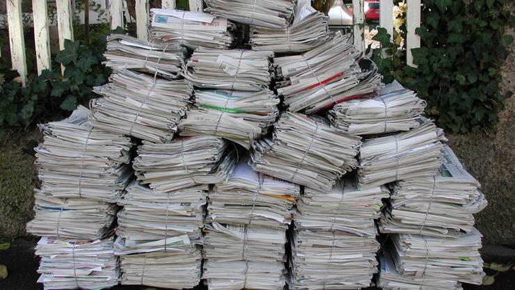 Kein Altpapier in Schülerhänden.
