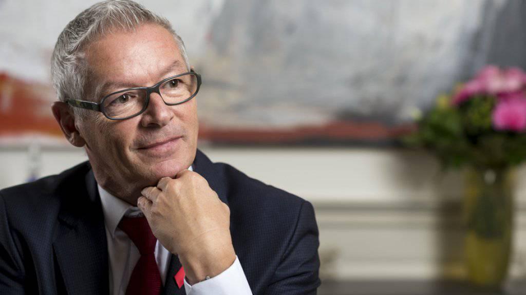 Für den St. Galler FDP-Regierungsrat Martin Klöti sind die 70 Franken AHV-Erhöhung und das Rentenalter 65 «der Preis für die Sicherung der Renten». (Archiv)
