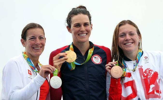 Die drei Gewinnerinnen: Nicola Spirig, US-Amerikanerin Gwen Jorgensen und die Britin Vicky Holland (v.l.n.r.)