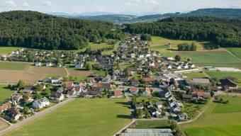 In Hüttikon wurden anlässlich einer Hochzeitsfeier Schüsse abgegeben, ganz zum Unmut der nichtsahnenden Bevölkerung.