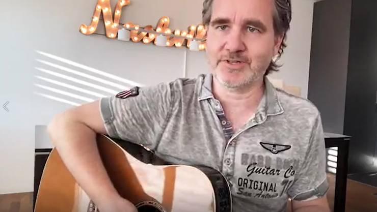 Chris Regez: Lenkt die Musikfans mit Live-Stream-Konzerten vom Corona-Alltag ab