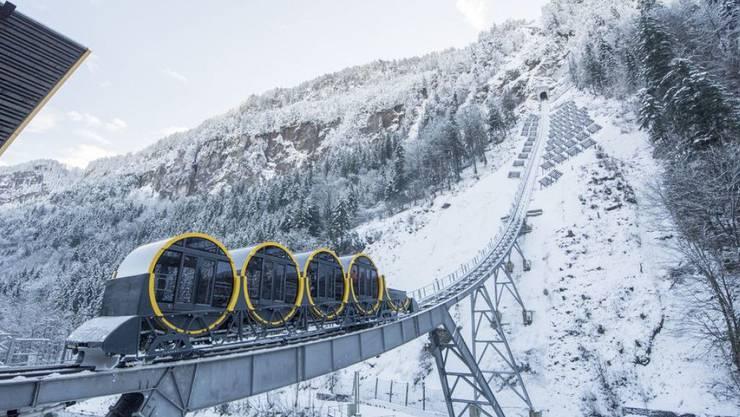 Sturz über 15 Meter: Bei der Stoosbahn ist am Samstag ein Mann verunglückt.
