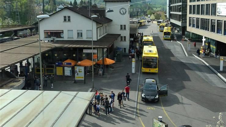Der Bahnhof Liestal wird durch Neubauten ersetzt – in diesen könnten zwei Fakultäten der Uni Basel unterkommen.