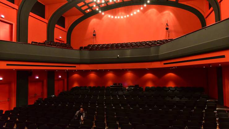 Leere Ränge im Stadttheater Olten. Hier sind alle Vorstellungen abgesagt, in Solothurn sucht man nach Lösungen, damit es nicht so weit kommen muss.
