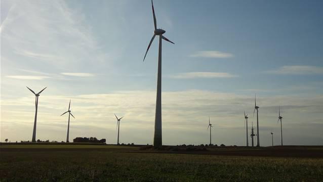 Schweizer Stadtwerke produzieren Windenergie mit Onshore-Anlagen in Deutschland.