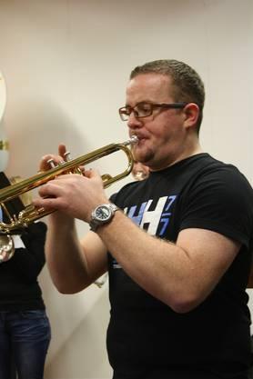 Vereinspräsident Christian Frey an der Trompete