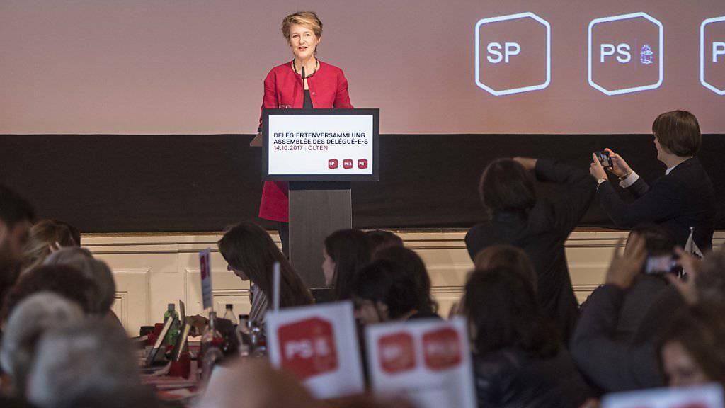 «In der Tombola hat es fast nur Nieten, in den Chefetagen fast nur Männer»: Bundesrätin Simonetta Sommaruga vor den Delegierten ihrer SP in Olten.
