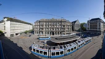 Paradeplatz - das Zentrum der Schweizer Bankenwelt.