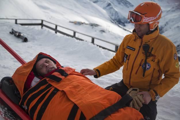 Rolf Maurer als verunglückter Touren-Skifahrer für einen Swisscom-Spot.