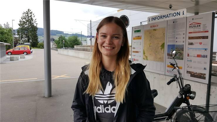 Lucy Kettenring, 17, Schülerin an der Neuen Kanti Aarau, Menziken.