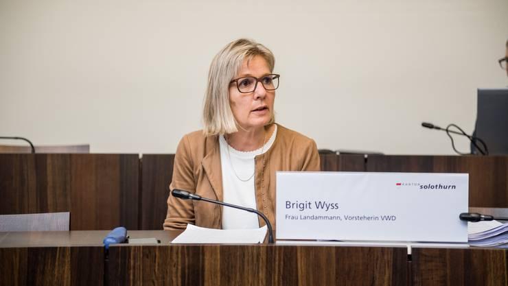Solothurn hält zwar weiter an Grossveranstaltungen fest. Frau Landammann Brigit Wyss erachtet neue aber kaum noch als bewilligungsfähig. (Archivbild)