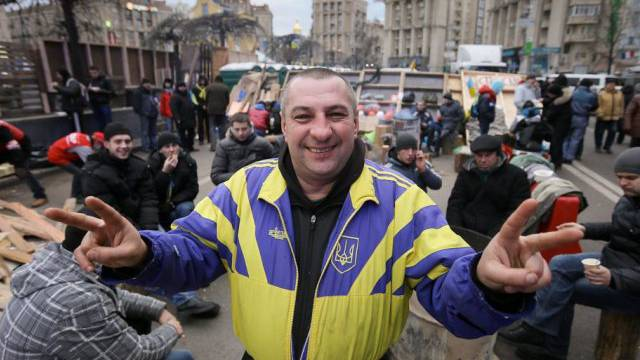 Ein Demonstrant auf dem Unabhängigkeitsplatz in Kiew