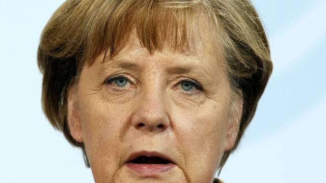 Angela Merkel kämpft zunehmend isolierter gegen die Aufstockung des permanenten Rettungsschirms (Archiv)