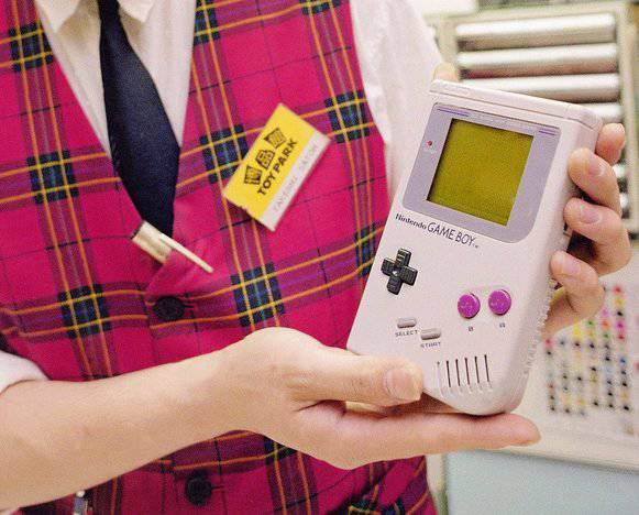 Der erste Game Boy der 1989 auf den Markt kam. (Bild: AP Photo/Tsugufumi Matsumoto)