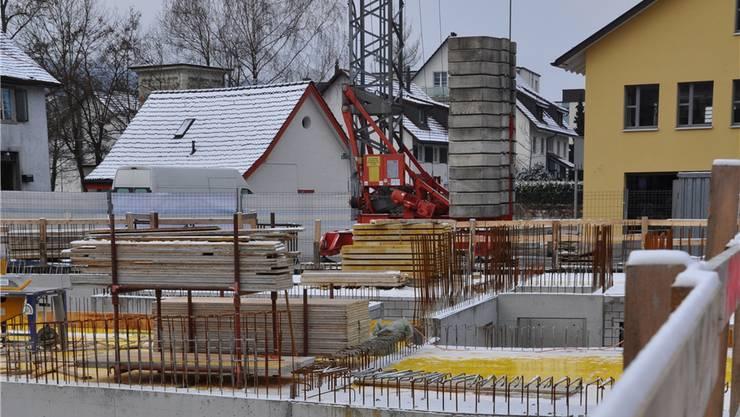 Betonierarbeiten müssen bei tiefen Temperaturen auch mal ruhen AHI