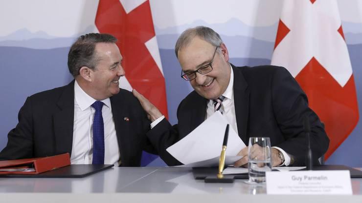 Die Schweiz hat mit Grossbritannien bereits im Februar 2019 ein Handelsabkommen abgeschlossen. Im Bild: Bundesrat Guy Parmelin (r.) mit Handelsminister Liam Fox.